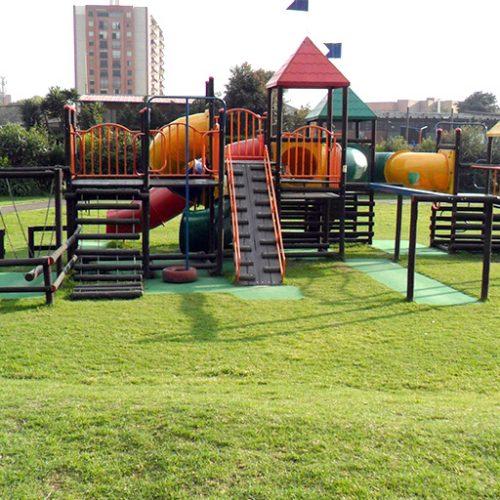 Parque infantil Colegio Anglo Colombiano - Bogotá